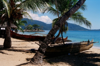 Nosy Komba beach and boat